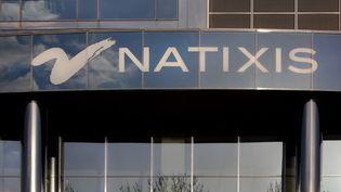 Le siège de la banque Natixis, dans le 12e arrondissement de Paris, en 2020. (MANUEL COHEN / AFP)