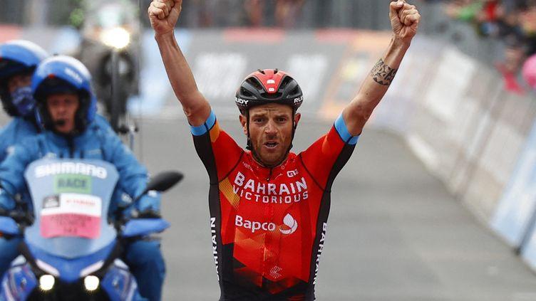 Damiano Caruso (Bahrain-Victorious) lors de la 20e étape du Giro. (LUCA BETTINI / AFP)