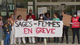 Santé : en manque de reconnaissance, les sage-femmes en grève (France 2)