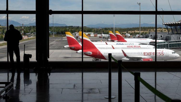 L'aéroport de Madrid, en Espagne, le 5 mai 2020. (OSCAR DEL POZO / AFP)
