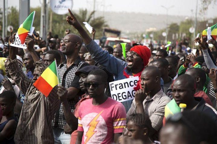 Manifestation anti-française à Bamako le 10janvier 2020.  (ANNIE RISEMBERG/AFP)