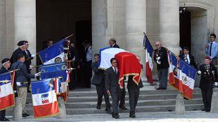 Lors de l'hommage des personnalités politiques àCharles Pasqua, aux Invalides, à Paris, le 3 juillet 2015. (STEPHANE DE SAKUTIN / AFP)