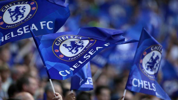 """Le club de Chelsea s'est dit prêt lundi à prendre """"les mesures les plus fermes"""" à l'encontre de ses supporteurs ayant entonné des chants antisémites samedi  (DANIEL LEAL-OLIVAS / AFP)"""