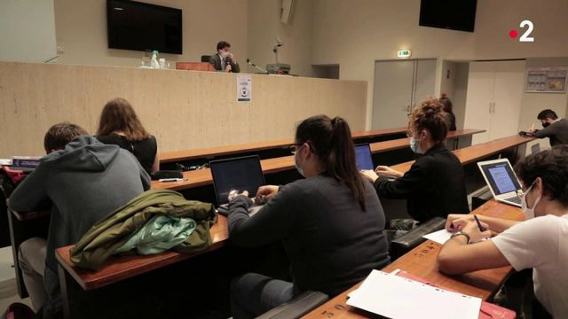 Éducation : où en est le chantier sur l'égalité des chances en France ?