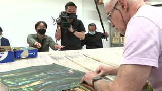 La NHK en tournage à la Cité internationale de la tapisserie. (CAPTURE D'ÉCRAN FRANCE 3)