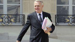 Le Premier ministre français Jean-Marc Ayrault le 4 juillet 2012 quittant le palais de l'Elysée après le conseil des ministres. (BERTRAND GUAY / AFP)