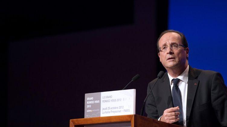 François Hollande lors d'un discours à l'occasion du Grand rendez-vous de la communauté Oséo-excellence, jeudi 25 octobre 2012. (BERTRAND LANGLOIS / POOL)