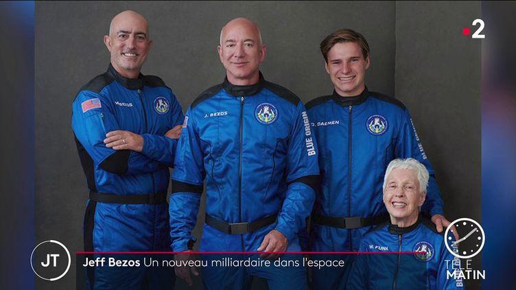 Jeff Bezos et son équipe. (France 2)