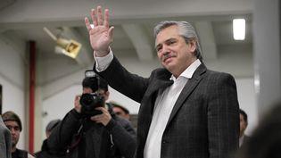 Le candidat à la présidence argentine Alberto Fernandez lors des primaires le 11 août 2019, à Buenos Aires (Argentine). (CAROL SMILJAN / NURPHOTO / AFP)