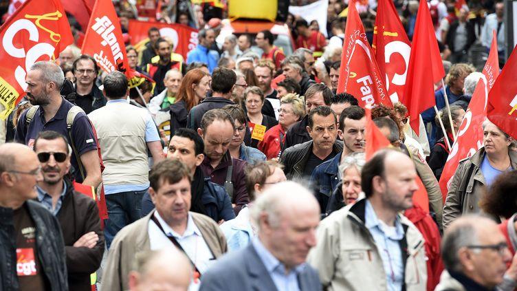 Une manifestation contre la réforme du Code du travail, le 5 juillet 2016 à Lille. (MAX ROSEREAU / MAXPPP)