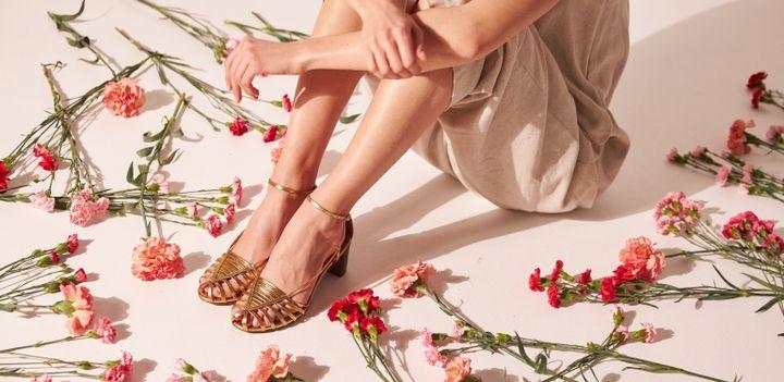Chaussures en cuir Etre Amis. La marque chine des cuirs issus de stocks dormants, de surproduction, d'archives ou de collections vintage. (Courtesy of Etre Amis)