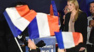 Marion Maréchal-Le Pen, tête de liste FN en Paca, le 6 décembre 2015 au Pontet (Vaucluse). (BORIS HORVAT / AFP)