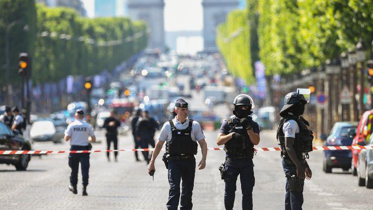 LesChamps-Elysées, le 19 juin 2017. (ALAIN JOCARD / AFP)