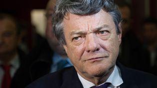 Le président de l'UDI, Jean-Louis Borloo, le 27 novembre 2013, lors de la présentation de L'Alternative, à Paris. (SIPA)