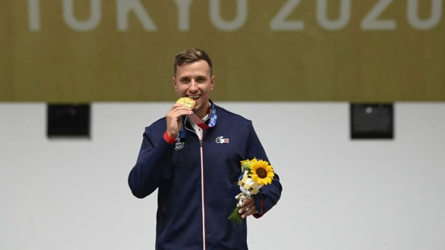 Triple champion d'Europe, vainqueur de la dernière coupe du monde et désormais champion olympique. À 25 ans, Jean Quiquampoix rentre de Tokyo avec un très beau tableau de chasse.
