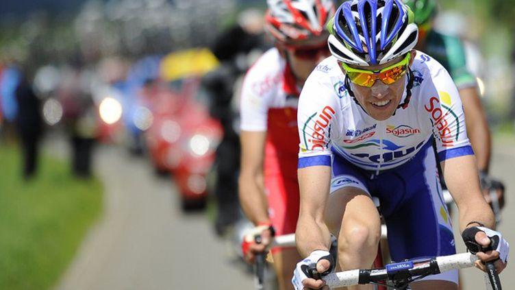 Anthony Delaplace (Saur-Sojasun) à l'avant de la course (LIONEL BONAVENTURE / AFP)