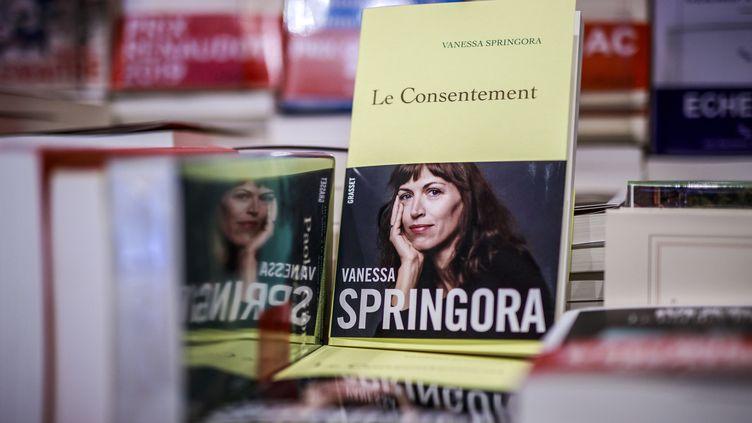 """Le livre """"Le Consentement"""" est sorti jeudi 2 janvier 2020. (CHRISTOPHE PETIT TESSON / EPA)"""