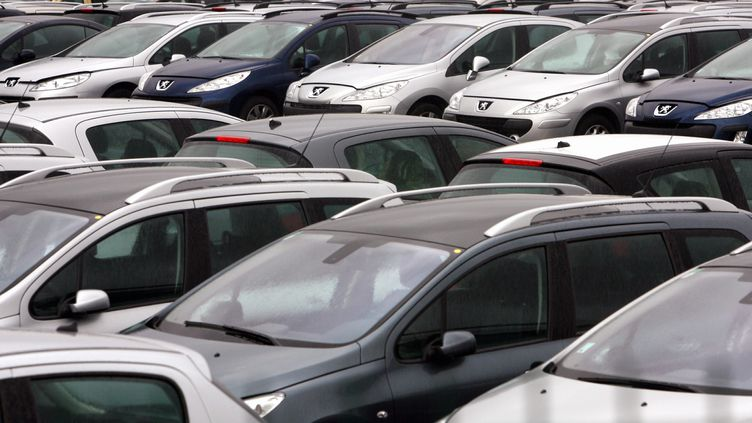Petiteune hausse des immatriculations de voitures neuves de 1,24% sur un an en juin 2020 (photo d'illustration). (THIERRY BORDAS / MAXPPP)