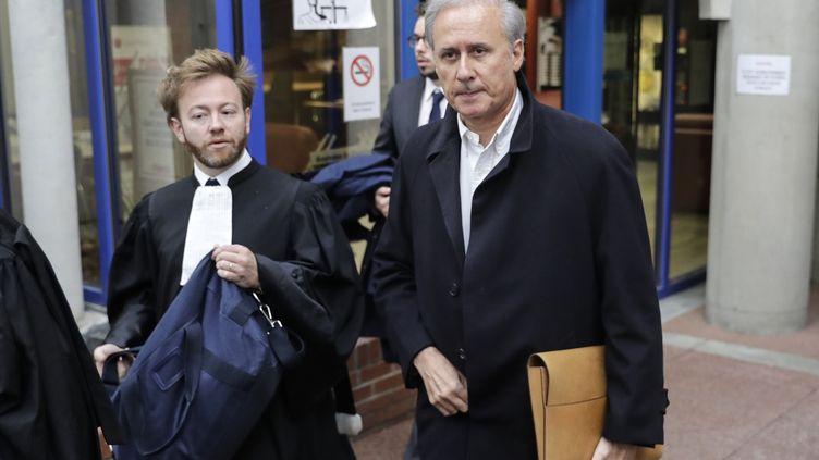 Le maire LR de Draveil, Georges Tron, lors de son procès pour viol, le 23 octobre 2018 à Bobigny (Seine-Saint-Denis). (THOMAS SAMSON / AFP)