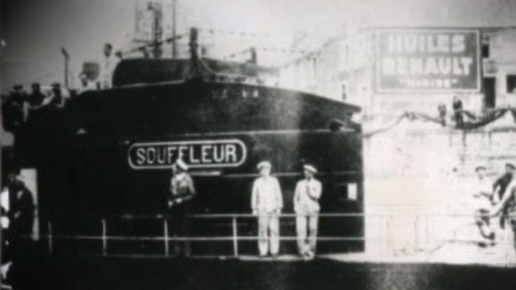 En 1941, un sous-marin sombrait au large du Liban avec une cinquantaine d'hommes à bord. Cette histoire oubliée a été ravivée par le travail de plongeurs amateurs. (FRANCE 3)