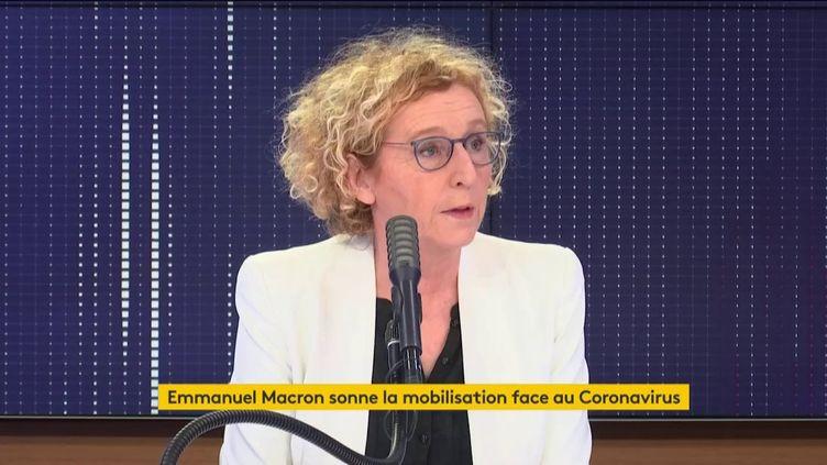 """Muriel Pénicaud, la ministre du Travail, était l'invitée du """"8h30 franceinfo"""" du vendredi 13 mars 2020. (FRANCEINFO / RADIOFRANCE)"""