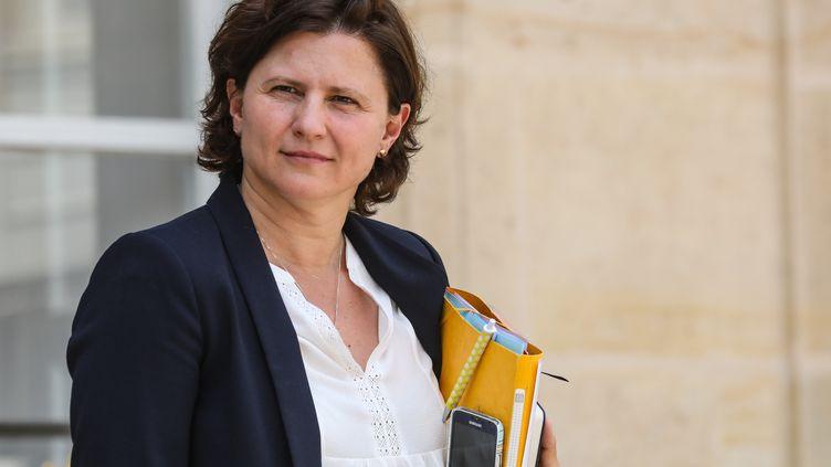 Roxana Maracineanu, ministre des Sports, sur le parvis du palais de l'Elysée, le 19 juin 2019. (LUDOVIC MARIN / AFP)
