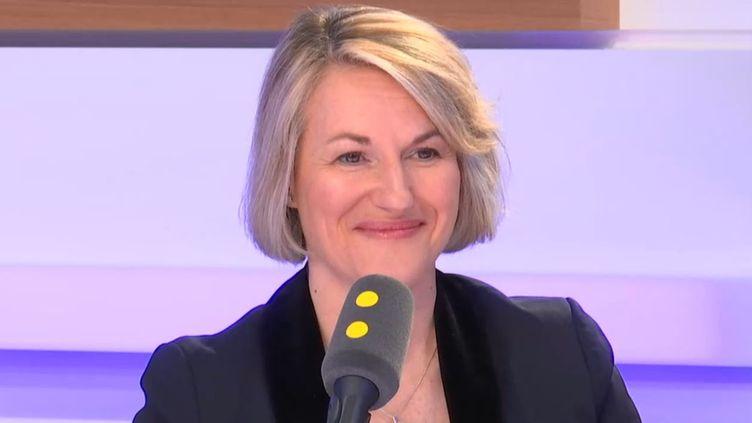 Anne Rigail, directrice générale d'Air France, invitée defranceinfo mercredi 17 avril. (FRANCEINFO / RADIOFRANCE)