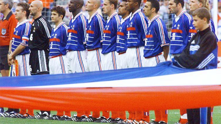 L'équipe de France 98 avant la finale contre le Brésil (ANTONIO SCORZA / AFP)