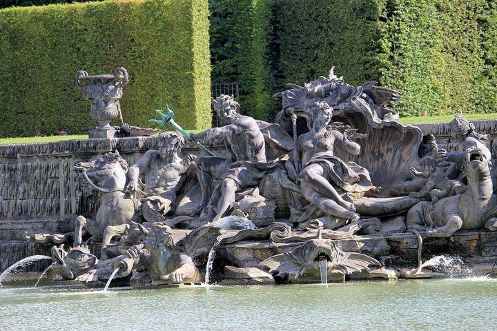 Bassin de Neptune  (Wikimedia Commons)