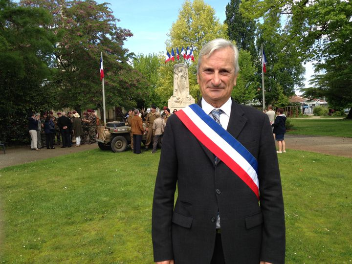 Christian Plantier, maire sans étiquette de Mimizan (Landes), le 8 mai 2017. (MARGAUX DUGUET / FRANCEINFO)