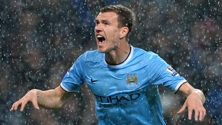 Edin Dzeko a déjà inscrit 66 buts sous le maillot des Citizens  (ANDREW YATES / AFP)