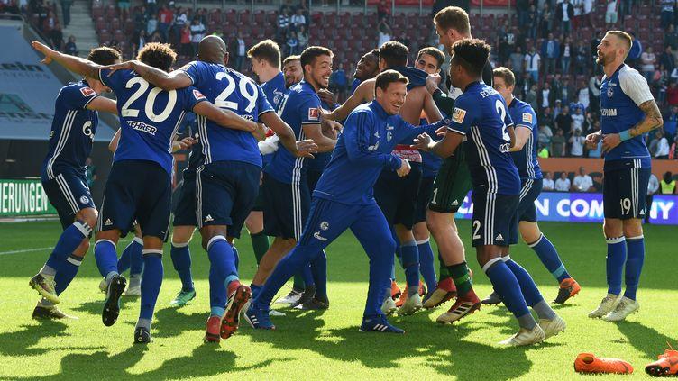 L'équipe allemande de Schalke 04 (CHRISTOF STACHE / AFP)