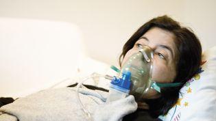 Une patiente reçoit de l'oxygène. Image d'illustration. (MAXPPP)