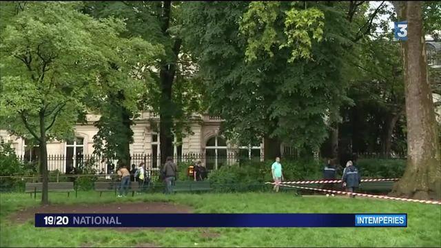 11 personnes touchées par la foudre à Paris