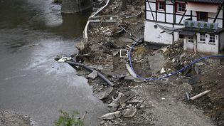 Des dégâtscausés par des inondations en Allemagne, le 28 juillet 2021. (SASCHA SCHUERMANN / AFP)