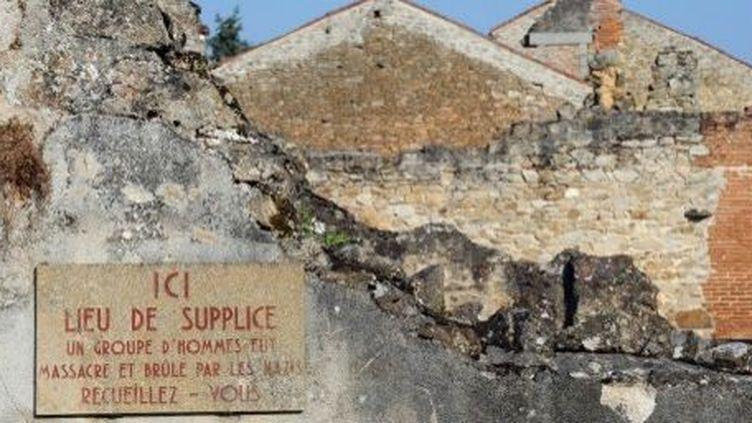 Oradour sur Glane en août 2013. Ici furent massacrés642 personnespar les nazis, le 10 juin 1944. (THIERRY ZOCCOLAN / AFP)