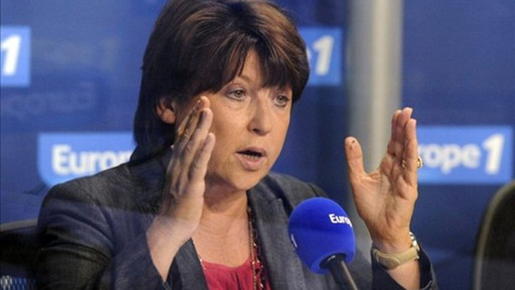 Martine Aubry, mardi 16 août dans les studios d'Europe 1. (BERTRAND GUAY / AFP)