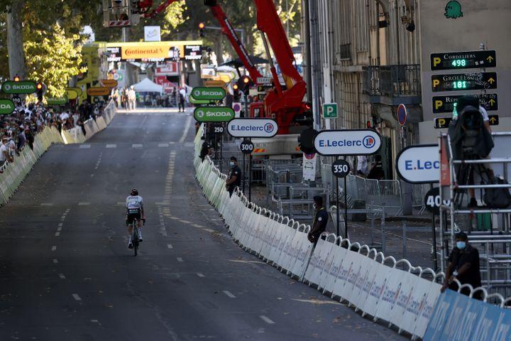 Soren Kragh Andersen s'impose en solitaire à Lyon (KENZO TRIBOUILLARD / AFP)