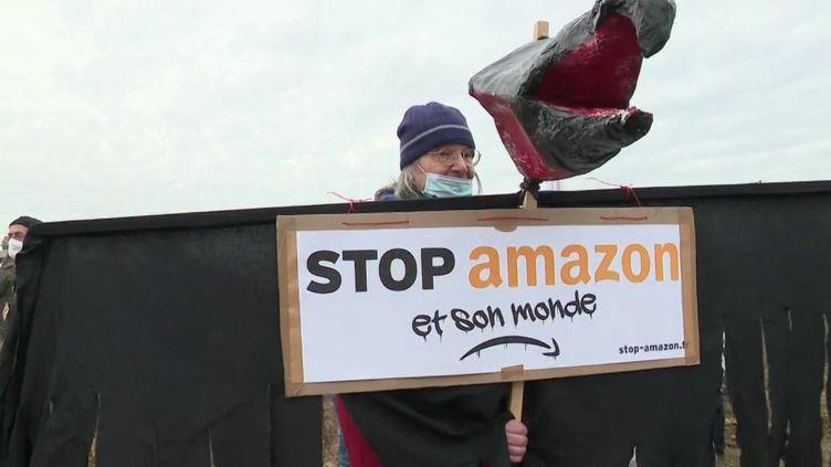 Gard: une mobilisation contre l'installation d'un centre de tri Amazon (FRANCE 2)
