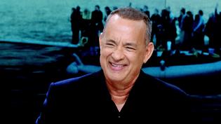 """Tom Hanks sur le plateau de France 2 pour la promotion de son dernier film """"Sully"""" de Clint Eastwood  (Culturebox / Capture d'écran)"""
