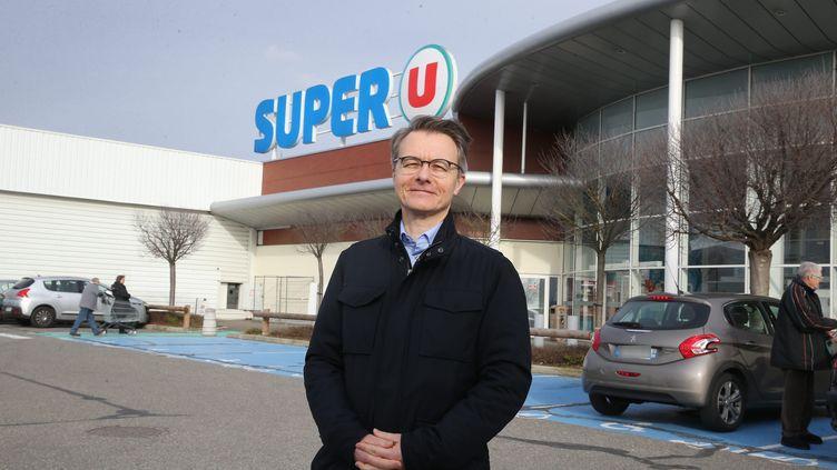Dominique Schelcher, patron de l'enseigne Système U, à Fessenheim, le 8 février 2020. (JEAN-FRAN?OIS FREY / MAXPPP)