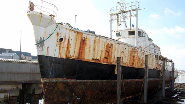 (La Calypso en chantier en 2007 à Concarneau © Maxppp)