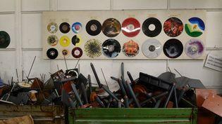L'usine tchèque GZ Media domine le marché du vinyle  (MICHAL CIZEK / AFP)