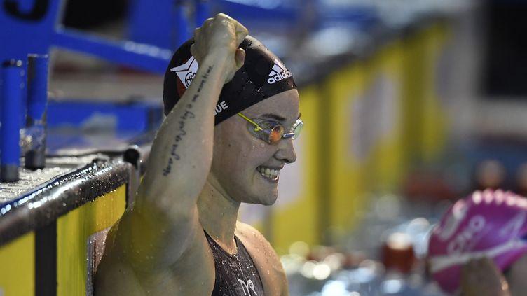 La nageuse française Mélanie Hénique heureuse aux championnats de France (STEPHANE KEMPINAIRE / KMSP)