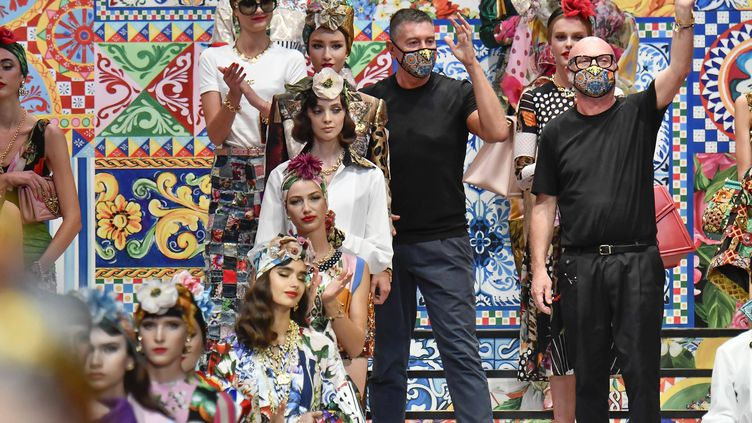 Les créateurs italiensde la marqueDolce Gabbana lors de la Milan Fashion Week printemps-été 2021 =, le 23 septembre 2020 à Milan en Italie (JONAS GUSTAVSSON/SIPA USA/SIPA / SIPA USA)