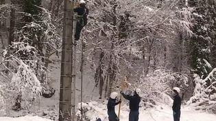 Intempéries : une vaste partie de la France recouverte de neige (France 3)