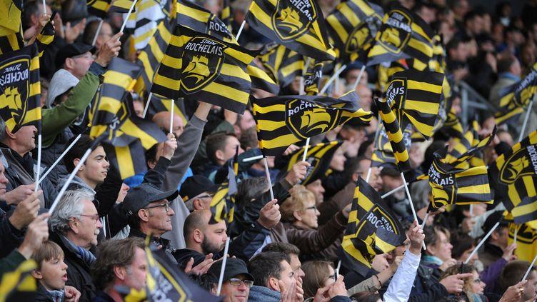Les supporters de La Rochelle au Stade Marcel-Deflandre. (FRANCK MOREAU / AFP)
