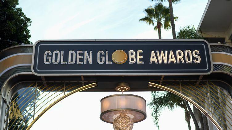 Vue du red carpet qui mène aux Golden Globes 2020 à The Beverly Hilton, à Beverly Hills, en Californie, le 4 janvier 2020. (VALERIE MACON / AFP)