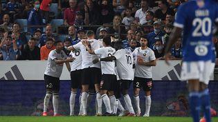 Les Lillois s'imposent à Strasbourg pour le compte de la 8e journée de Ligue 1. (PATRICK HERTZOG / AFP)