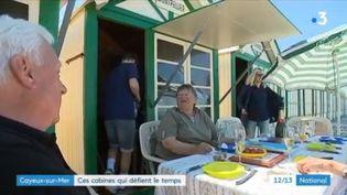 Dans la Somme, les cabines de plage de Cayeux-sur-Mer renferment de grandes histoires. (FRANCE 3)